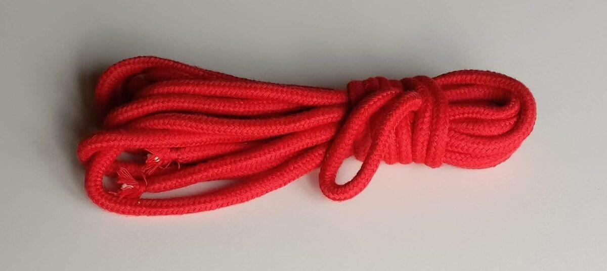 Corde en coton rouge